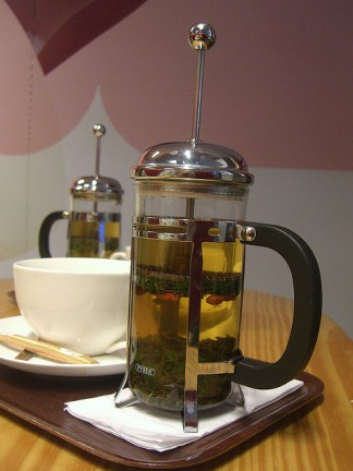 Loose leaf herbal tea