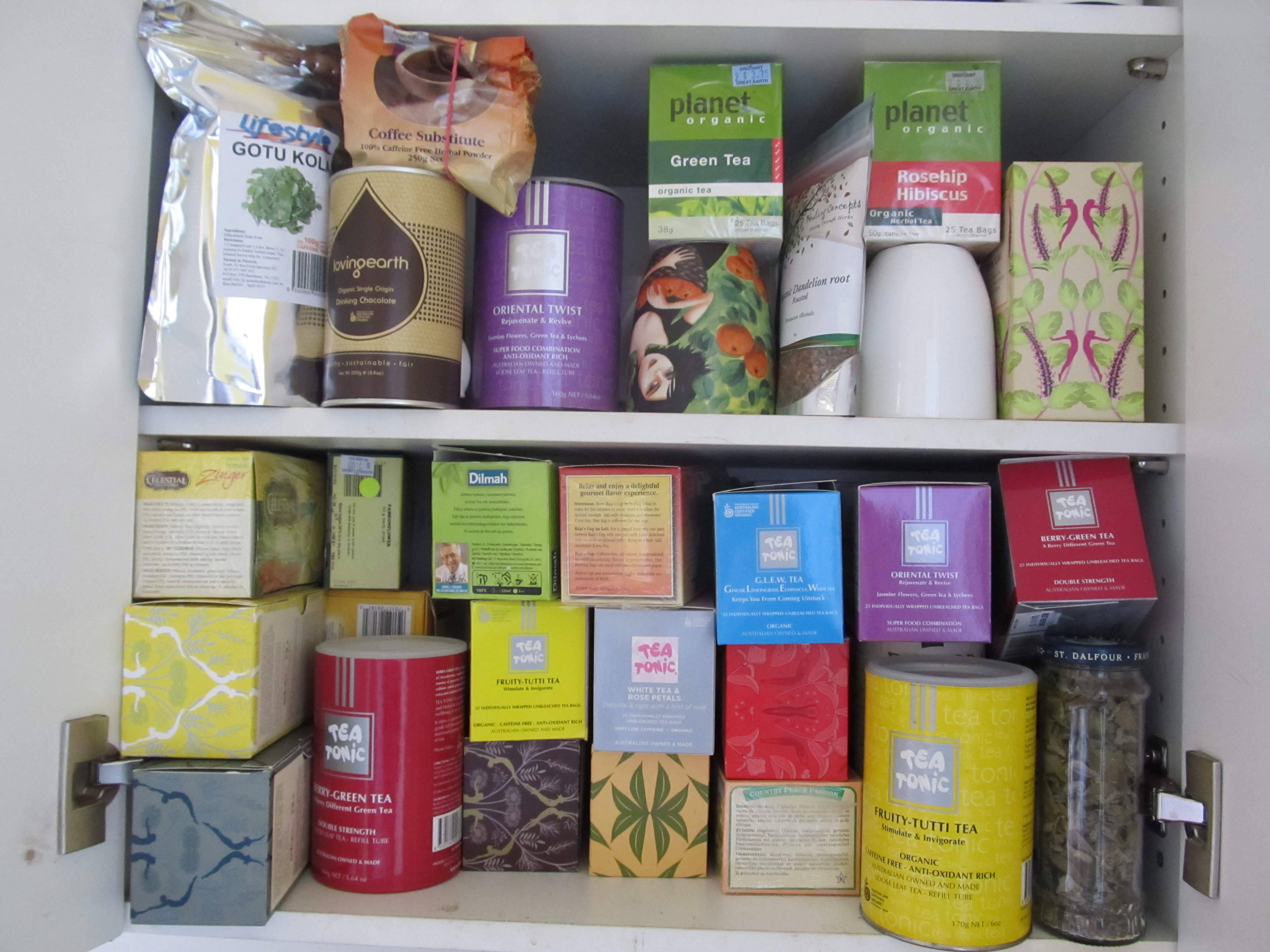 Detox happy holistic health my herbal tea cupboard with some of the herbal teas we drink malvernweather Image collections