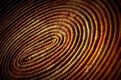 weave basket-228294_640